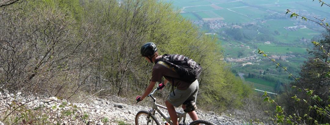 mountainbike karte gardasee MTB am Gardasee: die schönsten Touren für Mountainbiker