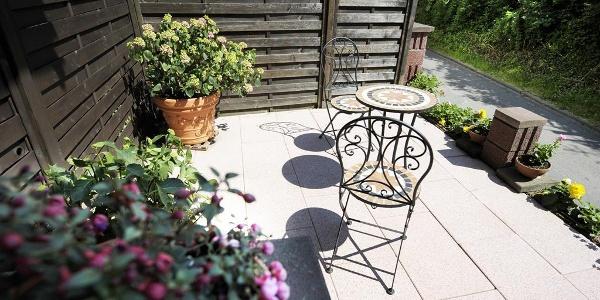 eine kleine Terrasse