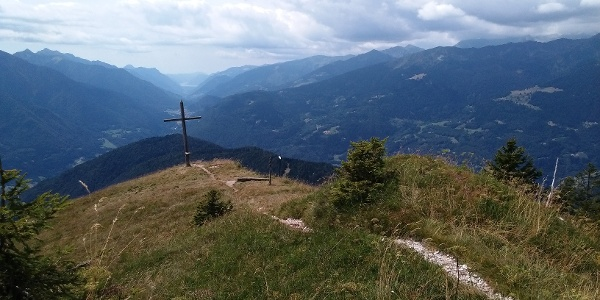 Durmont peak and scenic view to Val del Chiese