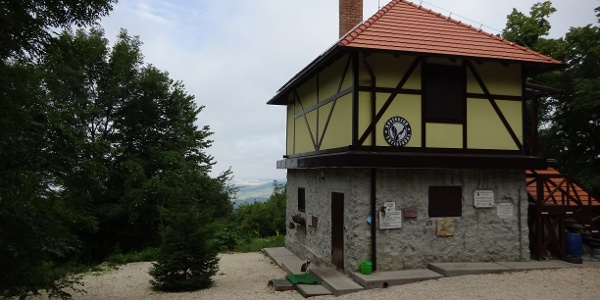 A Fekete-hegyi Kulcsosház
