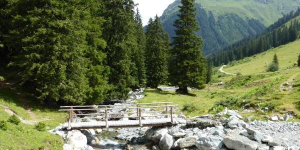 Brücke in der Nähe von der Madrisahütte