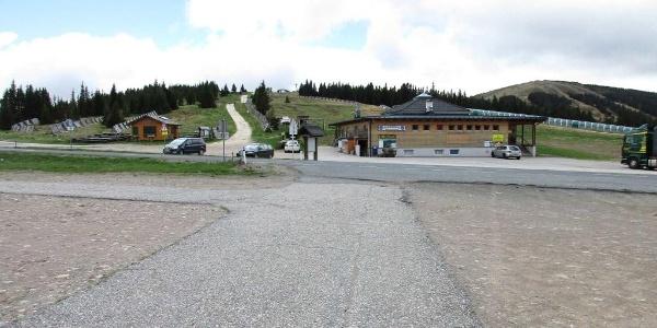 Parkplatz Weinebene, Almrauschhütte, Gh. Weinofenblick