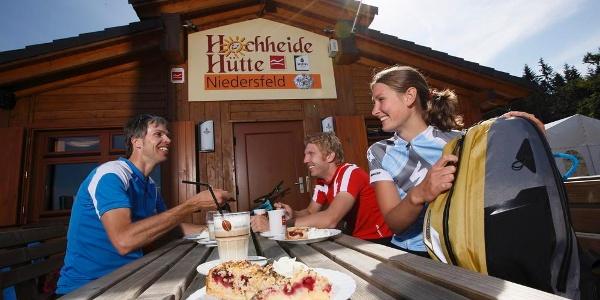 Rast an der Hochheide-Hütte