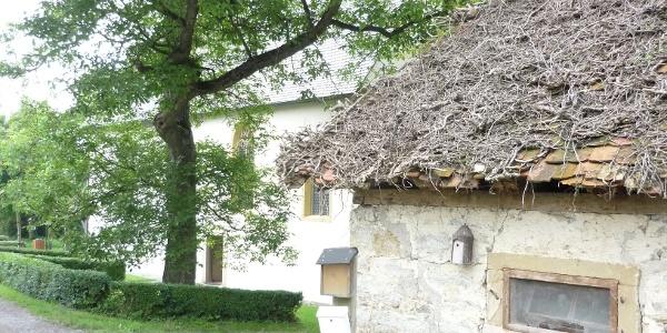 an der Wallfahrtskirche in Neusaß