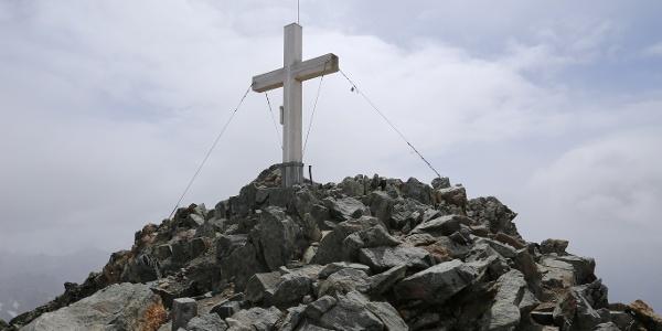 Gipfelkreuz des Piz Buins