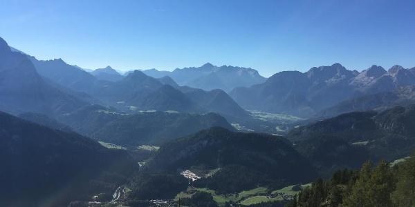 Blick auf Unken im Salzburger Saalachtal