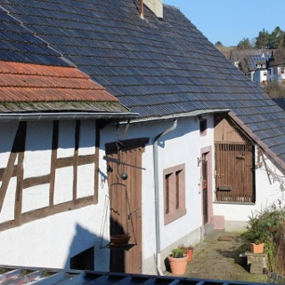 """Hoostesch Haus mit""""Michels Burg"""""""