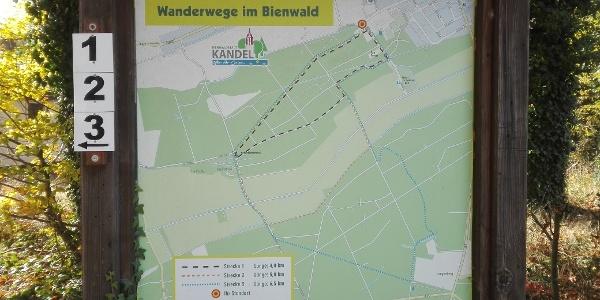 Tafel Naturfreundewege, Ecke Badallee/Jahnstr.