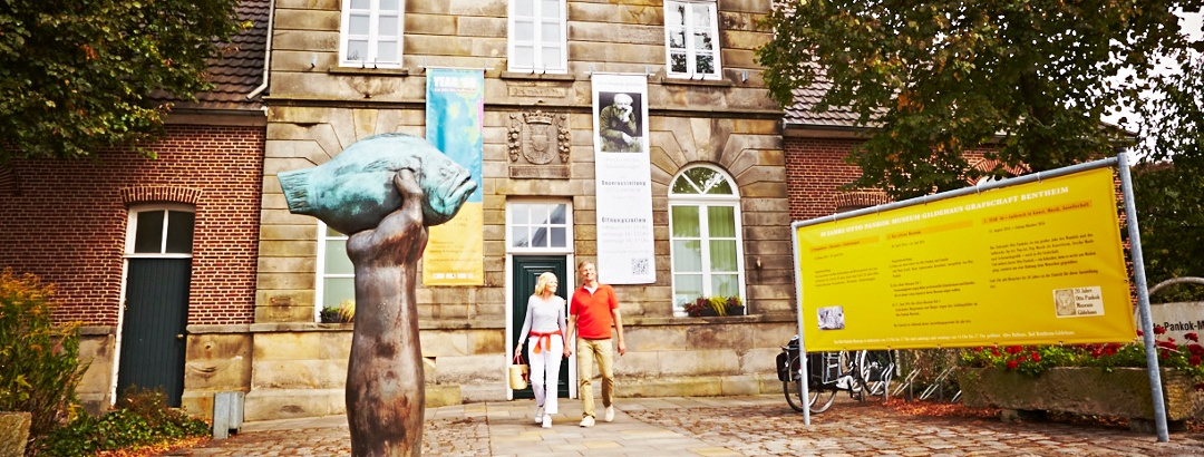 "Otto-Pankok-Museum mit Grass-Plastik ""Butt im Griff"""