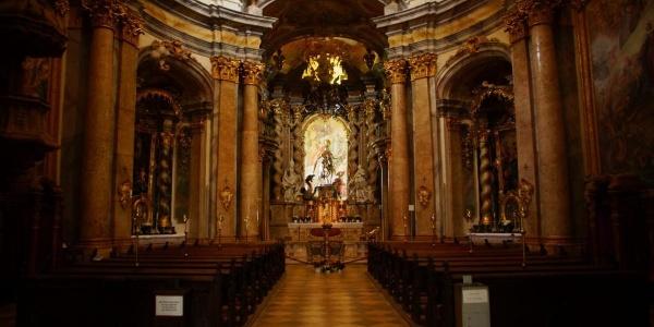 Altar der Klosterkirche St. Georg im Kloster Weltenburg