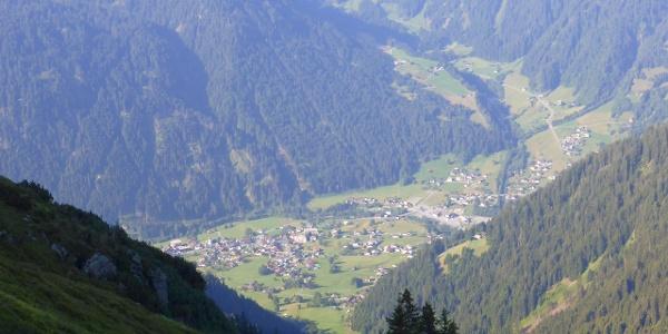 Wormser Höhenweg mit Blick auf St. Gallenkirch