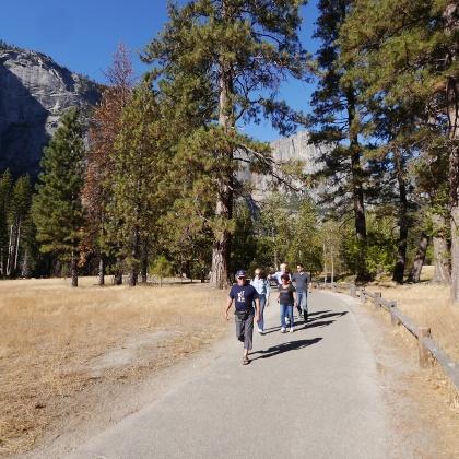 Fußpfad zur Yosemite Lodge