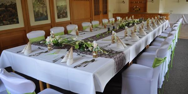 Landhaus Puschke Festtafel im separaten Gastraum