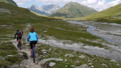 Biketour Maighelspass: Durch das Val Maighels die Natur geniessen!