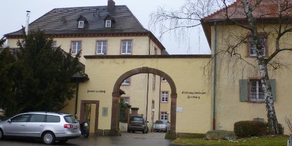 Toreinfahrt zum Jesuitenschloss in Merzhausen