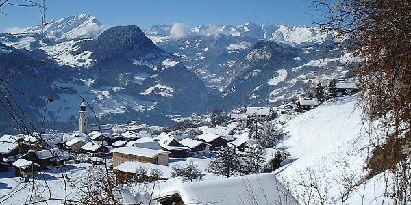 Fanas ist eines der sonnigsten Dörfer Graubündens
