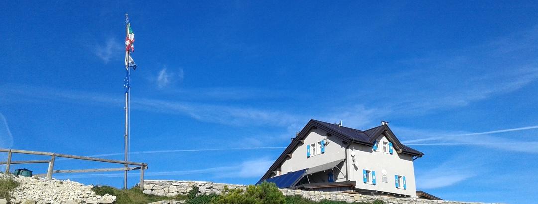 Il rifugio Damiano Chiesa - Monte Altissimo