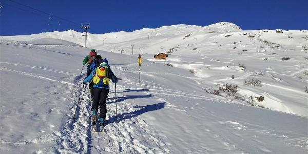 Gemütlich starten wir beim Berghaus Arflina um uns an die -20 Grad zu gewöhnen.