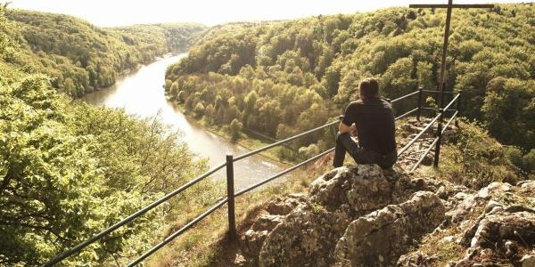 Blick vom Aussichtspunkt Wieserkreuz in die Weltenburger Enge bei Kelheim im Altmühltal
