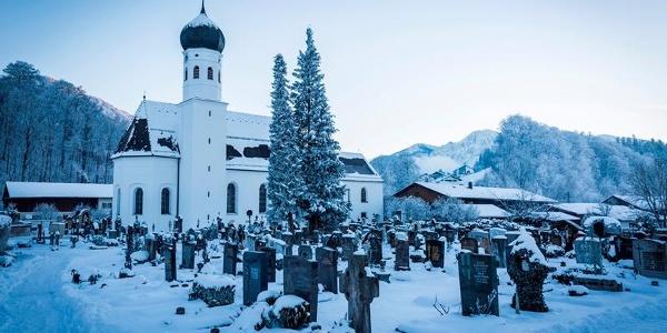 Kirche und Friedhof Kochel a. See