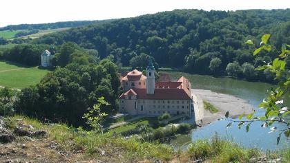 Blick zum Kloster Weltenburg am Donaudurchbruch