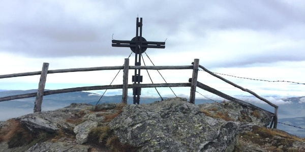 Gipfelkreuz Peterer-Riegel