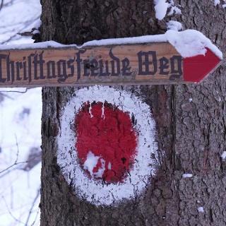 Wegweiser am Christtagsfreude-Weg