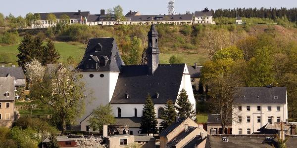 Sauberg mit Kirche Ehrenfriedersdorf