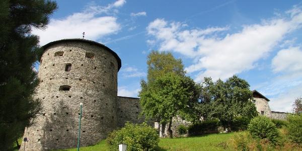 Die historische Stadtmauer von Radstadt