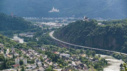 ... bis zur Mündung in den Rhein bei Lahnstein
