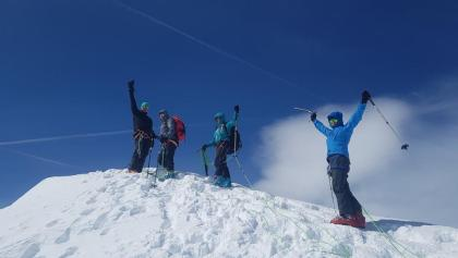 Glücklich am Gipfel