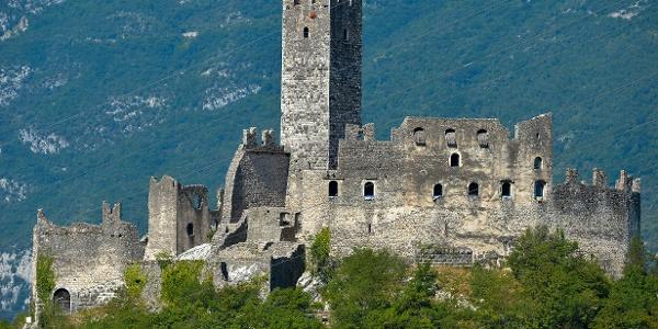The castle in Drena