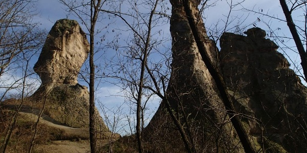 Sirok, Barát és Apáca szikla