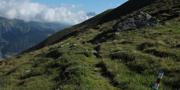 Höhenweg nach Cuolm Cavorgia mit Tödi