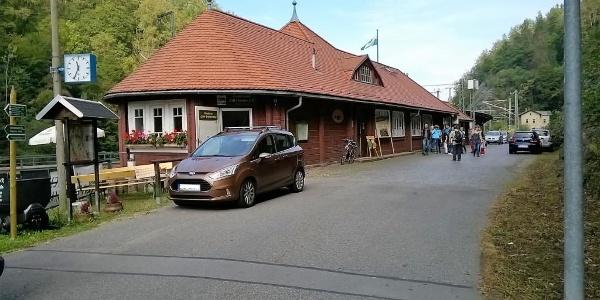 "Wanderrast ""Zum Hemmschuh"" am Bahnhof Edle Krone"