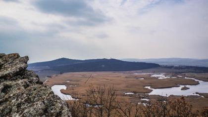 A Szélmarta-sziklákkal szemben az Őrtorony-kilátó