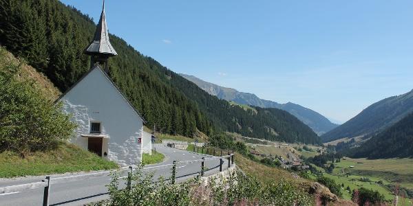 Kapelle Tschamut mit Selva