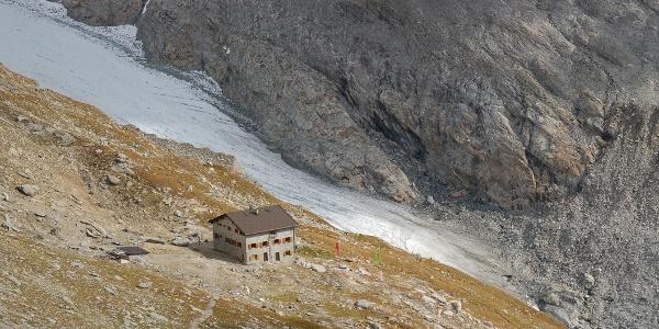 Blick auf den Gliderferner und die Hochfeilerhütte im September 2016