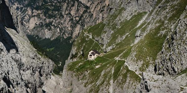 Die Grasleitenhütte im Naturpark Schlern-Rosengarten