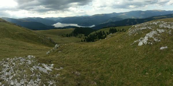 Vedere spre lacul VIdra