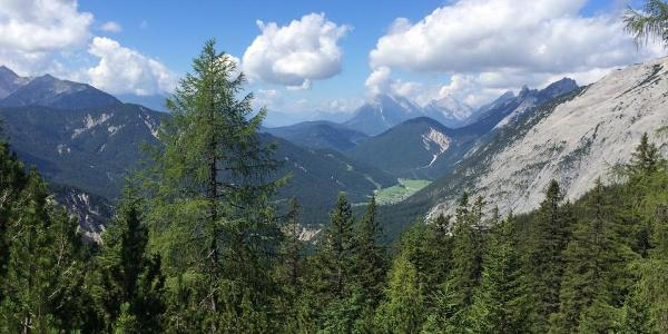 Hike up from Scharnitz