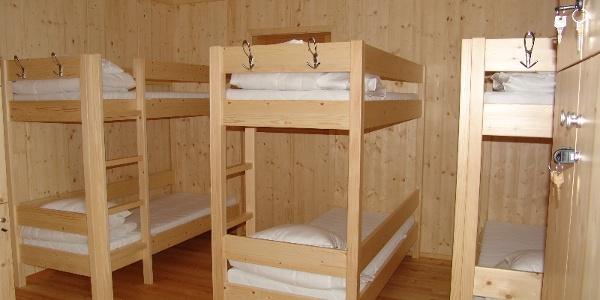 WildnisCamp Innenausstattung Schlaflager