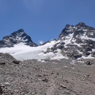 Grosses Seehorn (links ) und Kleines Seehorn  vom Seetal