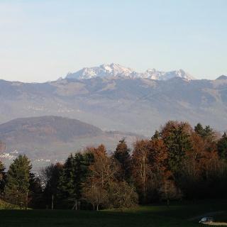 Blick auf die umliegenden Berge