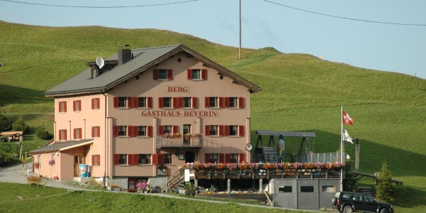Berggasthaus Beverin auf dem Glaspass