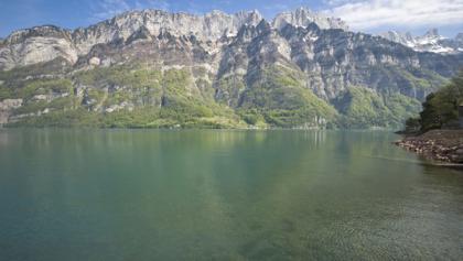 Sicht von Murg auf autofreie Seite des Walensee