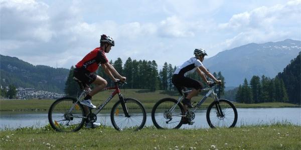 Bikeweg am Champfèrer See
