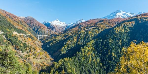 Im Hintergrund die Ganterbrücke