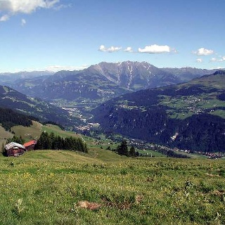 Blick von der Alp Dado nach Jlanz