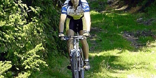 Biken in idyllischer Natur